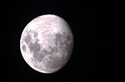Moon, moons, the moon, circle, circles, moonrise, moonrises, sky, skies, sky scene, sky scenes, planet, planets, terrestrial planet, IS62,