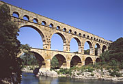 Europe, france, aqueduct, aqueducts, roman, romans, empire, empires, roman empire, arch, arches, archway, archways, water, water supply, water supplies, valley, valleys, river, rivers, AB67,