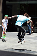 Australia, New South Wales, sydney, people, child, children, puberty, male, males, boy, boys, teenager, teenagers, adolescent, adolescents, teenage boy, teenage boys, skateboard, skateboards, skateboarding, skateboarder, skateboarders, martin place, hat, hats.