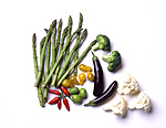 Food, vegetable, vegetables, mixed vegetables, asparagus, cauliflower, cauliflowers, pepper, peppers, tomatoe, tomatoes, asparagus officinalis.