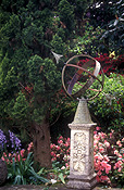 Garden, gardens, Sundial, Sundials, clock, clocks, early clock, early clocks, time, timekeeping, PF48,