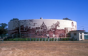 Australia, qld, queensland, millmerran, tank, tanks, water, water tank, water tanks, mural, murals, art, carriage, carriages, horse and carriage.